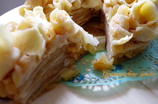 part gateau de crepes pomme cannelle