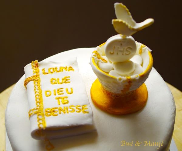 bible calice cake design