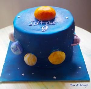 gâteau système solaire cake design