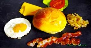 garniture de l'hamburger