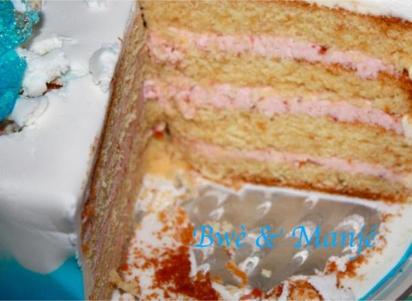 intérieur gâteau reine des neiges