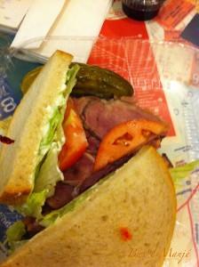 le fameux sandwich au pastrami