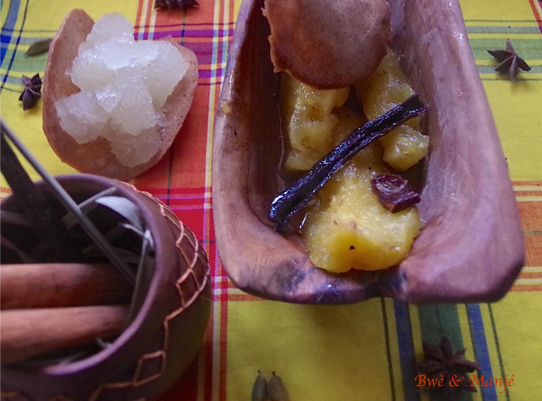 ananas rôti, granité bois d'inde citronnelle et tuile à la cannelle