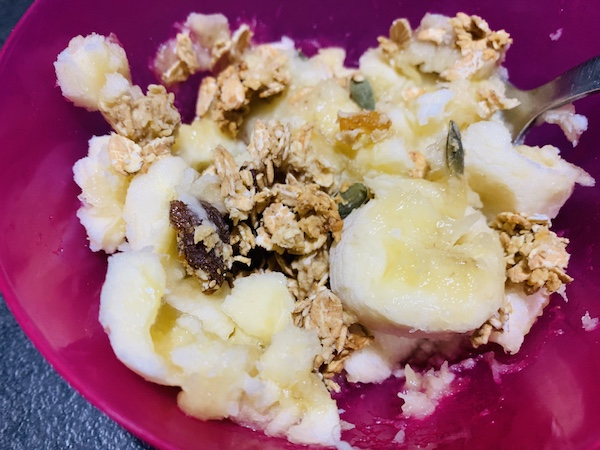 banane et granola maiso,