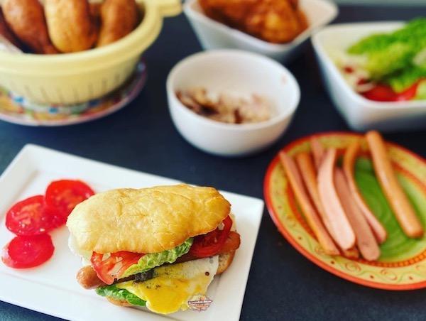 Les Bokits (Sandwich guadeloupéen)