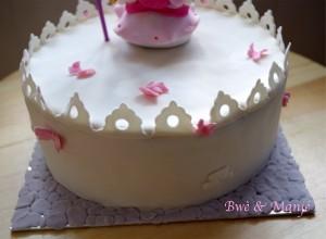 chateau cake design
