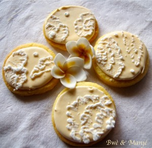 embroidery cookie