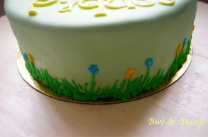 fleurs gâteaux de Pâques