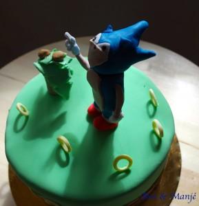 gâteau sonic pâte à sucre