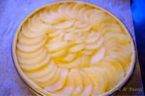 tarte amandine aux poires avant cuisson